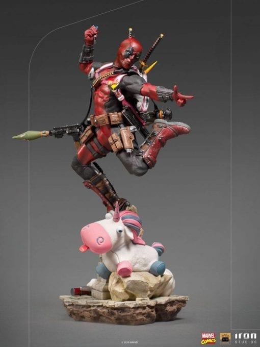 Estatua Deadpool Iron Studios